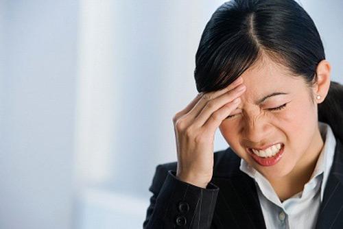 Đau đầu và viêm xoang mãn tính