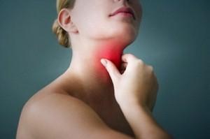 viêm họng và viêm mũi xoang mãn tính