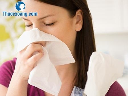 Bệnh viêm xoang hàm chảy dịch nhầy ở mũi rất khó chịu