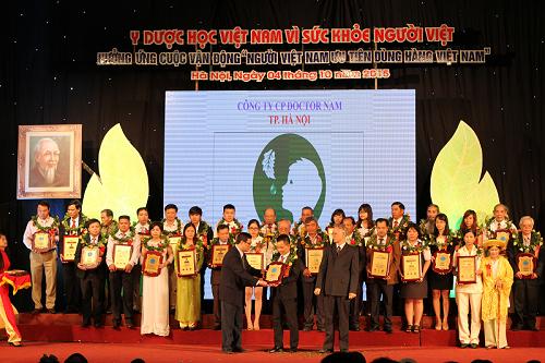 Lương y Đông nhận giải thưởng Lê Hữu Trác với bài thuốc gia truyền trị tận gốc viêm xoang